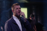 Watch Hamilton Leithauser + Rostam Perform &#8220;A 1000 Times&#8221; 1 Time On <em>Colbert</em>