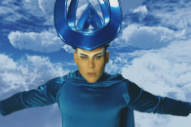"""Empire Of The Sun – """"High And Low"""" Video"""