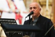 "Hear Peter Gabriel Sing ""That'll Do"" At Terry Wogan Memorial Service"