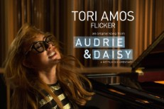 Tori Amos - Flicker