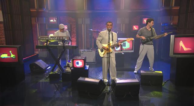 Watch Fred Armisen & Bill Hader's Test Pattern Parody Talking Heads On <em>Seth Meyers</em>