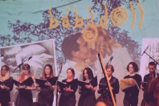 Watch Videos From 25th Anniversary Orchestral Performance Of Hole's <em>Pretty On The Inside</em> In LA