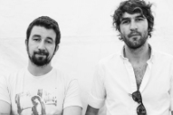"Watch Japandroids Debut New Song ""Arc Of Bar"" At Vancouver Tour Opener"