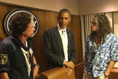 President Obama Runs Into Aerosmith, Invites Them Onto Air Force One