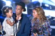 Beyoncé & Blue Ivy Are Salt-N-Pepa For Halloween