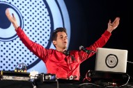 Mark Ronson Burns The Chainsmokers