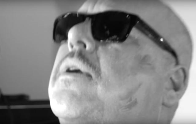 Pixies - Um Chagga Lagga video