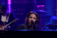 Watch Norah Jones Perform &#8220;Flipside&#8221; On <em>Fallon</em>