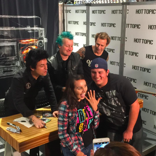 Green Day Fan Proposes At Hot Topic