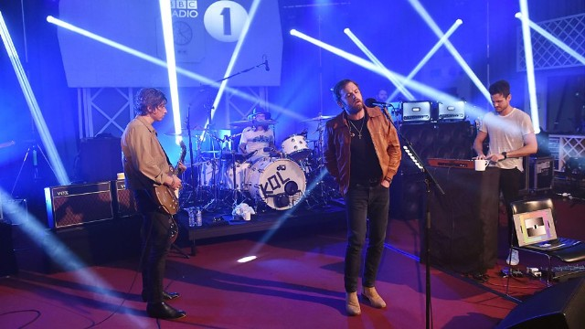 Kings Of Leon Live Lounge