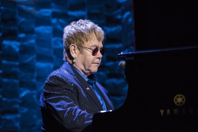 No, Sir Elton John will not be performing at Trump's inauguration