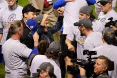 Eddie Vedder Celebrates Chicago Cubs' World Series Win