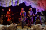 """HMLTD – """"Stained"""" Video"""