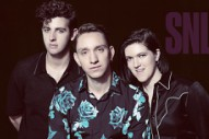 Watch The xx Play &#8220;On Hold&#8221; &#038; &#8220;I Dare You&#8221; On <em>SNL</em>