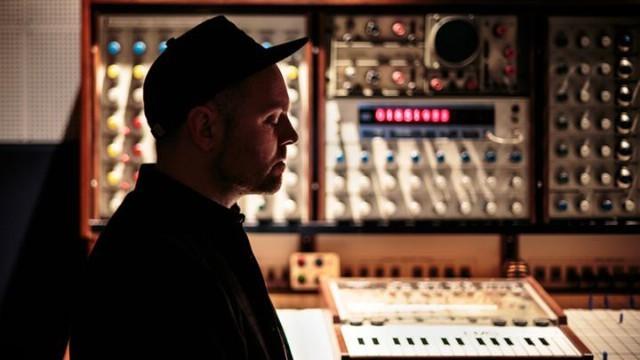 DJ Shadow