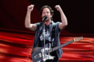 Eddie Vedder Helps Save Christmas For Maryland Family