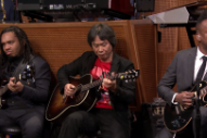 Watch Nintendo Composer Shigeru Miyamoto &#038; The Roots Play The <em>Super Mario Bros.</em> Theme