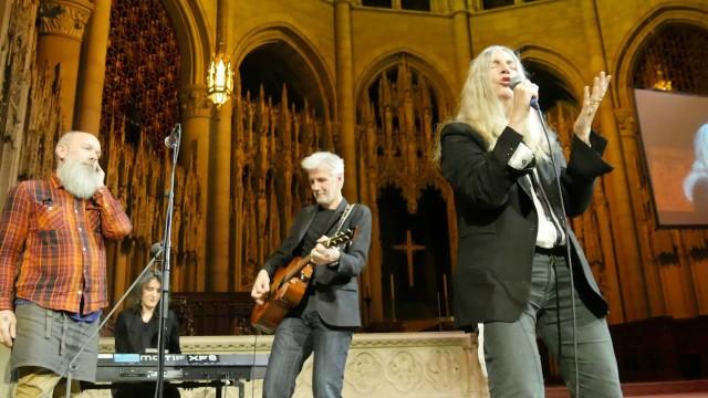 Michael Stipe & Patti Smith