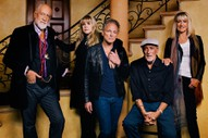 Fleetwood Mac's Lindsey Buckingham & Christine McVie Announce Duets Album