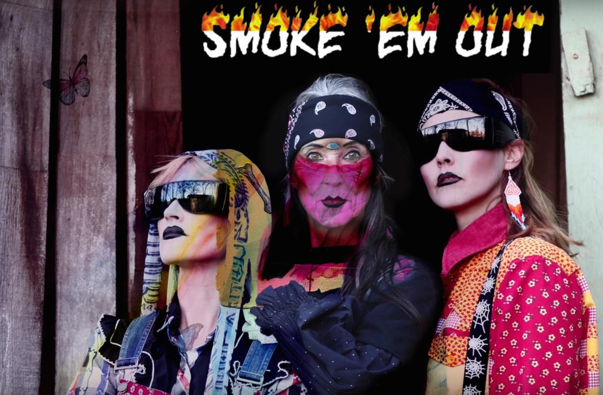 CocoRosie - Smoke Em Out