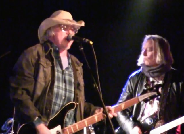 Mike Mills and Peter Buck