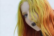 "Austra – ""Utopia (Jana Hunter Remix)"""