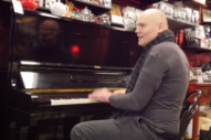 "Billy Corgan To Embark On ""Thirty Days"" Project Around The Country"