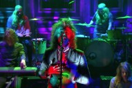 Watch The Flaming Lips&#8217; Trippy <em>Tonight Show</em> Performance