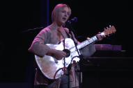 Watch Laura Marling Play New Songs On <em>A Prairie Home Companion</em>
