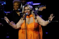 Aretha Franklin Announces Retirement
