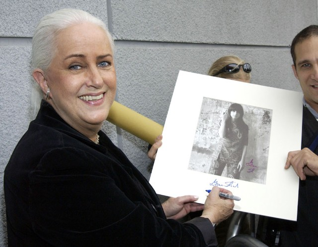 Grace Slick Licensed A Starship Hit To Chick-Fil-A So She Could Donate The Fee To LGBTQ Charity