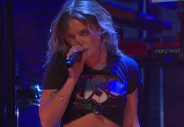 Tove Lo on Seth Meyers