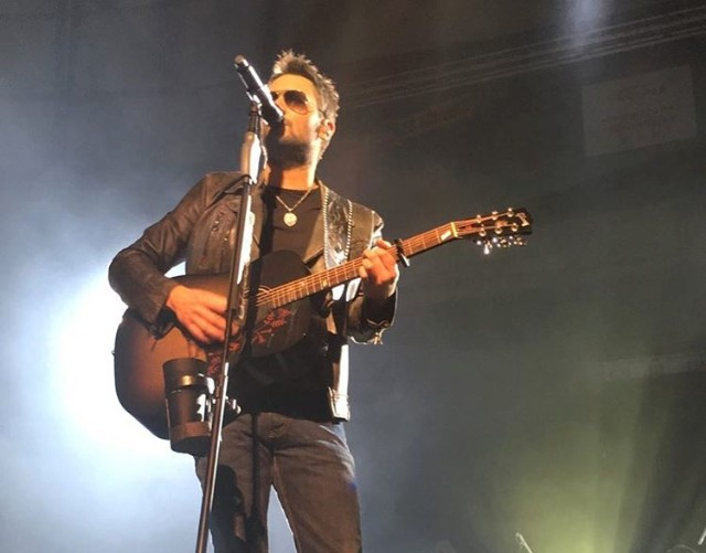 Watch eric church cover pearl jams better man in tacoma stereogum eric church malvernweather Images