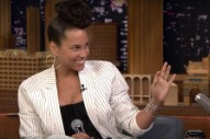 Watch Alicia Keys Impersonate Adele, Gwen Stefani, Janis Joplin On <em>The Tonight Show</em>