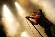 New Nine Inch Nails EP Gets Fans' Hands Dirty