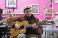 "Watch Mac DeMarco Play ""This Old Dog"" At Dog Grooming Parlour"