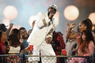 R. Kelly Sued For Breaking Up Sheriff's Deputy's Marriage