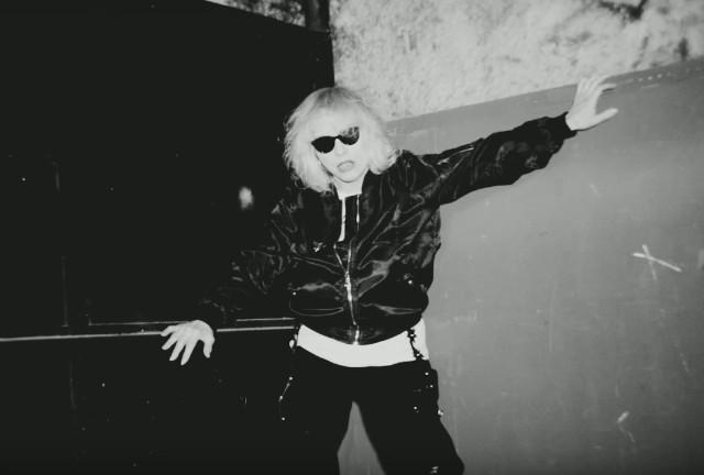 Blondie-Long-Time-video-1492609052