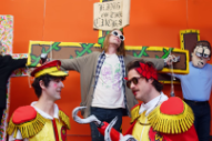 """Father John Misty – """"Total Entertainment Forever"""" Video (Feat. Macaulay Culkin)"""