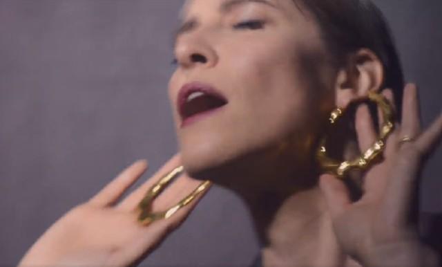 Feist-Pleasure-video-1492005992
