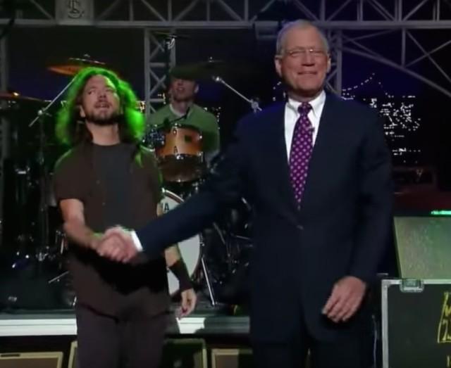Pearl-Jam-and-David-Letterman-1491403911