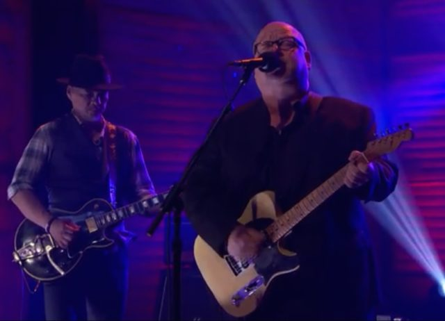 Pixies-on-Conan-1493388496