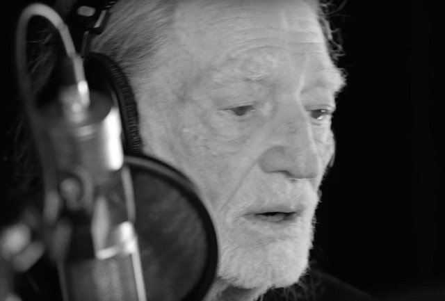 Willie-Nelson-He-Wont-Ever-Be-Gone-video-1491500746