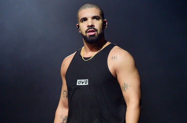 drake-performance-aug-2016-billboard-1548-1492456233