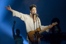 prince-paddock-performance-2011-billboard-650-1548-1492710288