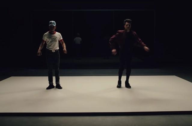 Francis-And-The-Lights-May-I-Have-This-Dance-video-1495126606