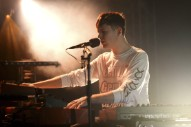 "Watch James Blake Cover Frank Ocean's ""Godspeed"" At FORM Arcosanti"