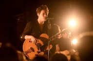 "Watch Harry Styles Cover ""Ultralight Beam"""