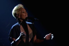 Mary-J-Blige-on-The-Tonight-Show-1493734118