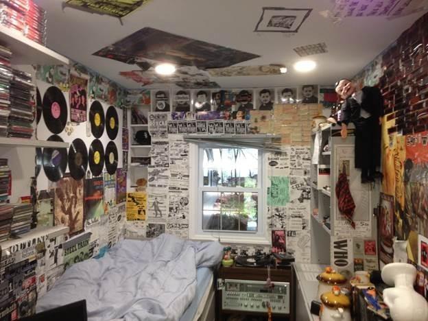 Bleachers' Jack Antonoff Is Taking His Childhood Bedroom On Tour